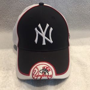 New Era NY Yankees Velcro hat